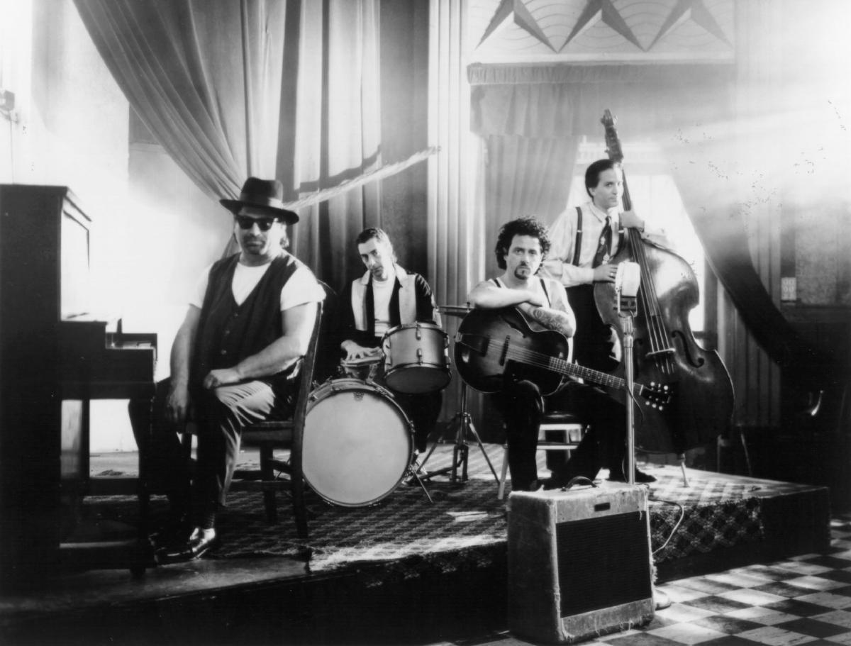 SoundHound - Toto